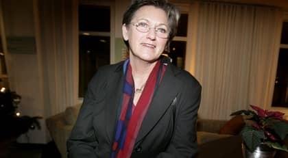 MINISTER I BLÅSVÄDER. Cristina Husmark Pehrsson (M) får skarp kritik efter sitt försvarstal i tv. Foto: Olle Sporrong
