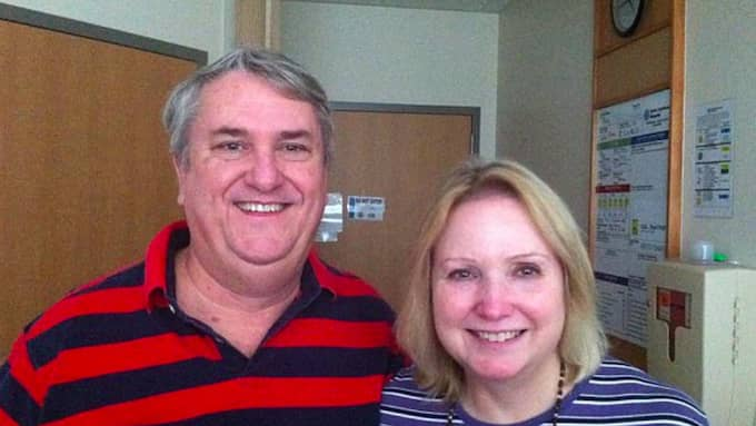 Mark tillsammans med sin fru. Foto: Facebook