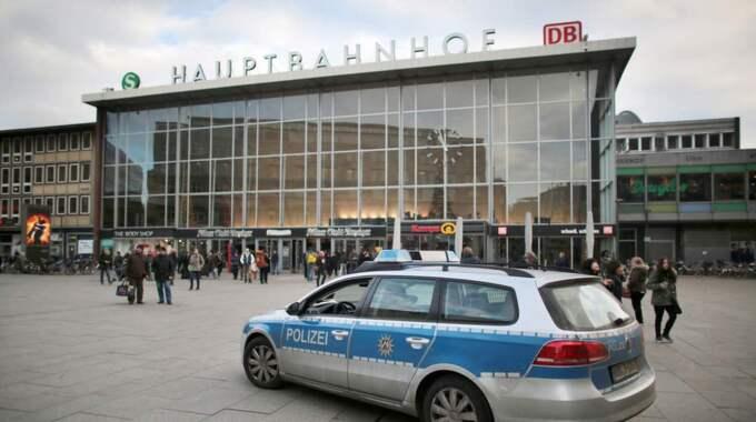 Ett 90-tal kvinnor har anmält att de blivit sexuellt trakasserade och i vissa fall rånade i området runt centralstationen i Köln. Foto: Oliver Berg