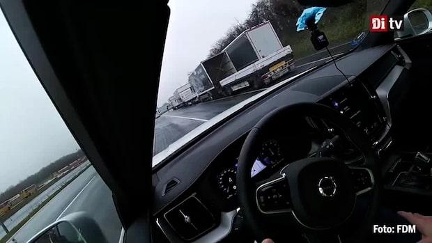 Fel på Volvos autobroms - Här krockar bilen