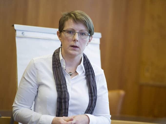 Ylva Löf, avdelningschef på stadsledningskontoret, som haft ansvar för uppdraget, är den som förklarar Göteborgs stads slutsats: Det finns inga alternativ till trängselskatten. Foto: Anna Svanberg