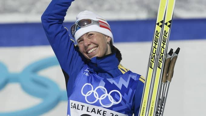 Forsberg efter en av sina bronsmedaljer i OS 2002. Foto: KEVIN LAMARQUE / SCANPIX SVERIGE AB , REUTERS