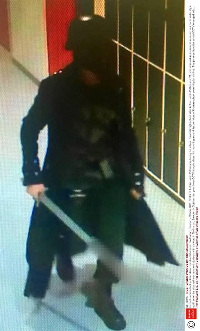 Anton Lundin Pettersson gick till attack på Kronans skola i Trollhättan och mördade tre personer med sitt svärd i oktober 2015. Foto: REX/SHUTTERSTOCK