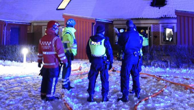 När räddningsmanskapet kom fram till platsen var branden fullt utvecklad. Foto: André Tajti/topnews.se
