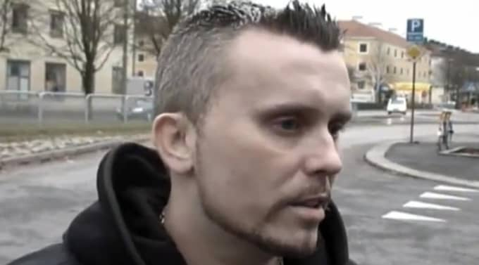"""Blev 41 år. Gabriel """"Gubb"""" Åberg blev 41 år gammal. Här under en intervju med hiphop-sajten Mariaplan, på platsen med samma namn i Majorna. Foto: YOU TUBE"""
