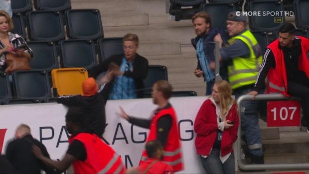 Här slåss supportrarna på läktaren i Stockholmsderbyt