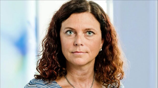 Trots timeouten: Emma Carlsson Löfdahl tog ut 200 000 i arvode