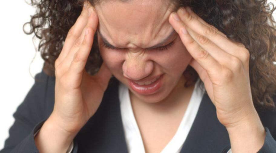 huvudvärk varm i ansiktet