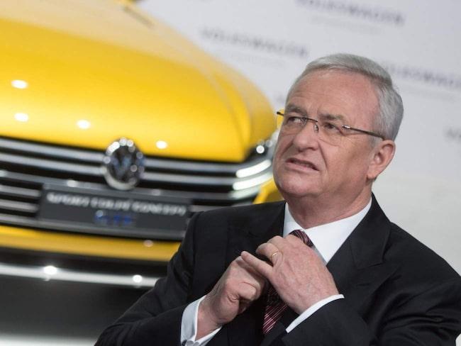Volkswagen ska ha lurat amerikanska myndigheter med hemlig mjukvara i dieseldrivna bilar. Mjukvaran aktiveras när bilarnas utsläpp testas – och ger betydligt snyggare siffror än de verkliga, menar utredningen.