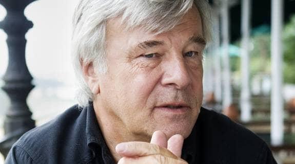 Jan Guillou svingar vidare mot Thomas Bodström. Foto: Nils Petter Nilsson