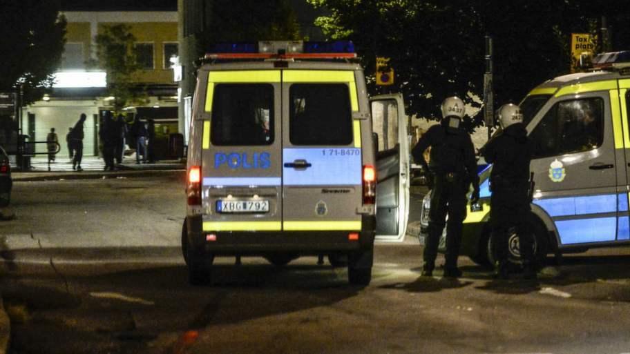 I dag håller polisen stabsmöte för att diskutera situationen. Foto: Maja Suslin / TT