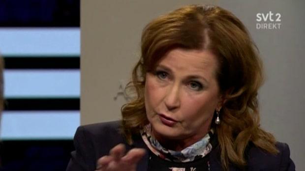 Här tröttnar SVT:s programledare Hedenmo på ministern