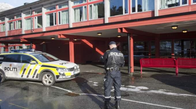 """Polisen kunde omhänderta en jämngammal pojke på skolan som ska ha utfört dådet. """"Vi fick snabbt kontroll över situationen"""", säger Bjarte Rebnord till Bergensavisen. Foto: NTB SCANPIX TT NYHETSBYRÅN/Hommedal, Marit"""