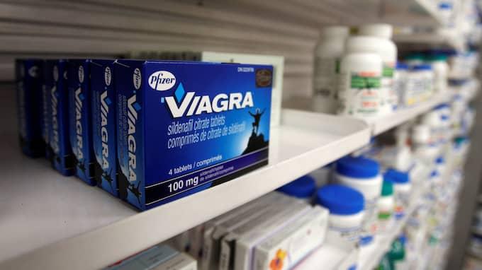 Här ligger Viagra på en apotekshylla i kanadensiska Toronto. Snart kan det finnas receptfritt på svenska apotek. Foto: MARK BLINCH / REUTERS X02025