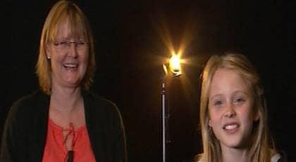 """Mamma Agnetha och Zara Larsson i """"Jag ska bli stjärna"""". Foto: TV4"""