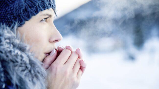 fryser om händer och fötter