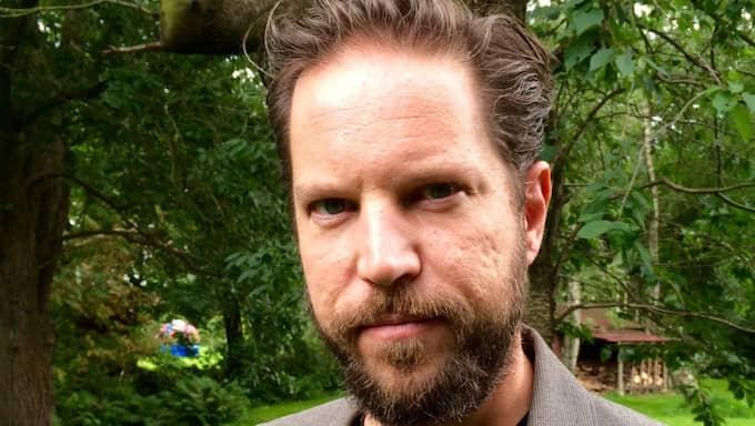 Thomas Engström lämnar Sverige.