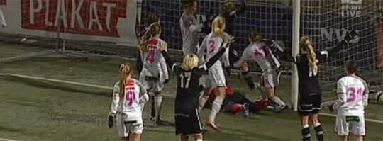 Här är Umeås mål som ger en guldmatch nästa helg. Foto: TV4 Sport.