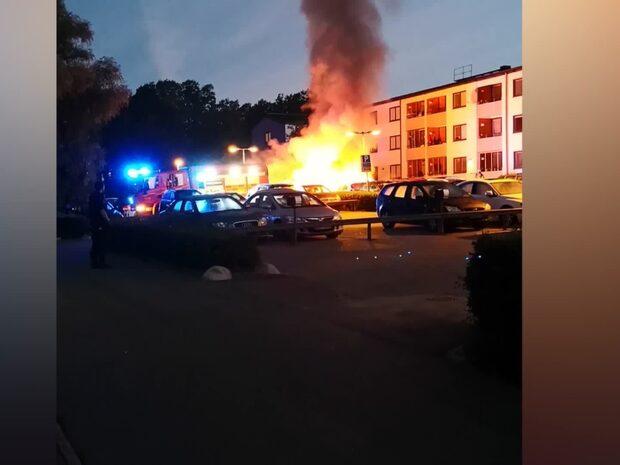 13 bilbränder i Stockholm och Uppsala