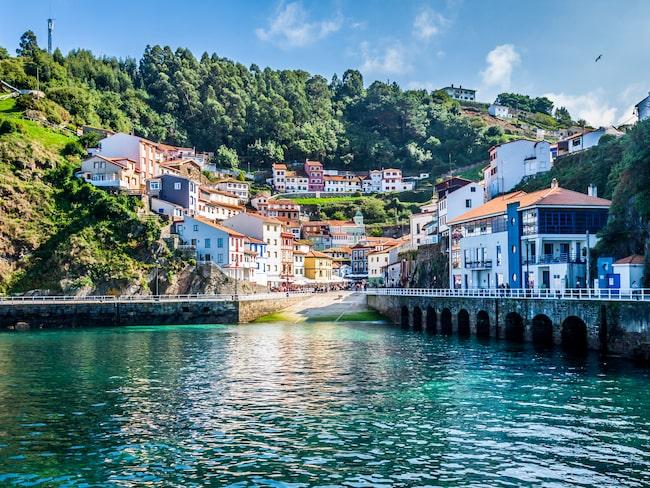 Cudillero i Asturias är en av Spaniens vackraste småstäder.
