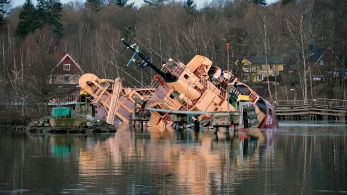 Lastfartyget gick på grund i Göta Älv. Foto: Mikael Berglund