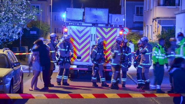 Explosion i bostadsområde – flera rutor krossades
