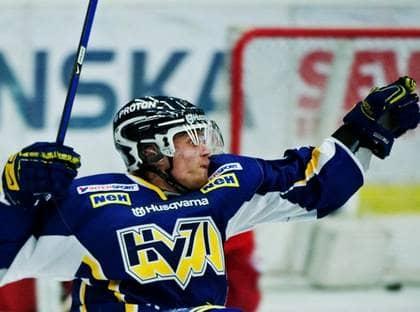 Släkten är bäst - i alla fall för Mattias Tedenby. Foto: Bildbyrån