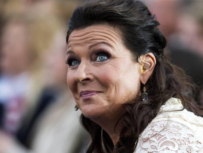 """Lotta Engbergs tv-program """"Lillelördag"""" sågas brutalt av Calle Schulman. Foto: Anders Ylander"""