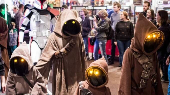 Man kan tro att en grupp jawas har hittat från planeten Tatooine till Helsingborg... Foto: Tomas Leprince