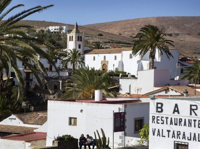 Byn Betancuria har varit Fuerteventuras huvudstad.