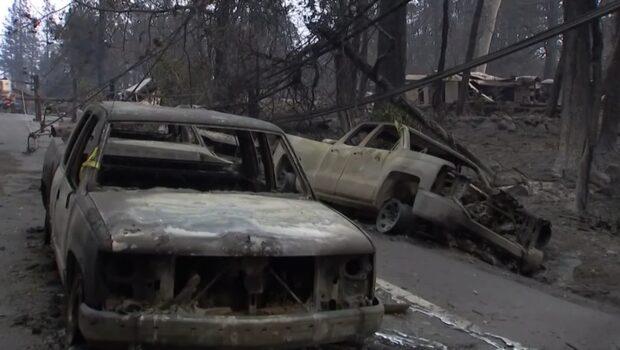 Starka vindar fortsätter försvåra bränderna i Kalifornien