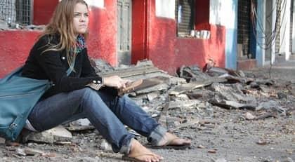 """""""Som i helvetet"""". Karolina Zetterberg, 27, från Uppsala trodde att hon skulle dö när jordbävningen slog till. Foto: Catalina Donoso"""