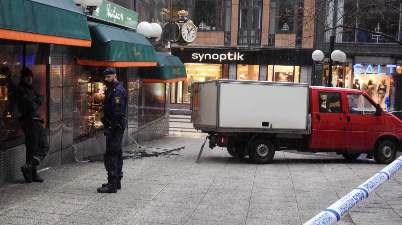Vapnat ran i stockholm