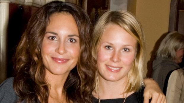 Alexandra Rapaport i tårar - berättar om brorsdottern Matildas död