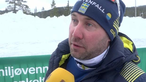"""""""Lider med Jens som inte får igång skidorna"""""""