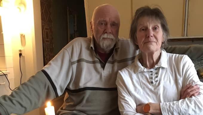 """""""Efter att hon slutade med behandlingen har hon långsamt blivit sämre"""", säger Bengt. Foto: Helena Holm"""