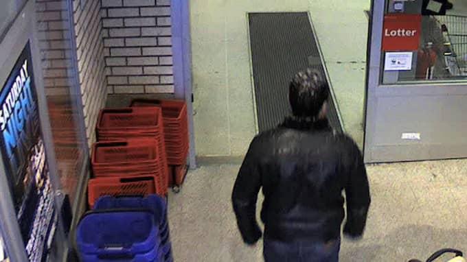 Övervakningskameran på Ica Simonsons i Strömsund filmade Jurij Zjukovskij. Foto: Polisen / TT NYHETSBYRÅN
