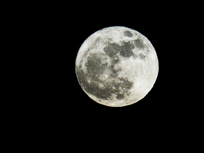 Fullmåne fortsätter att fascinera oss.