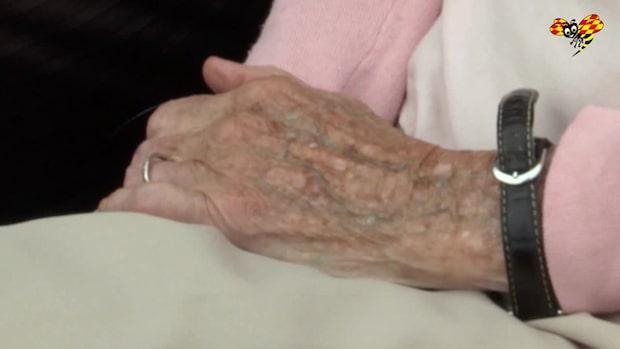 Hemtjänsten hällde lim i ögat på kvinna