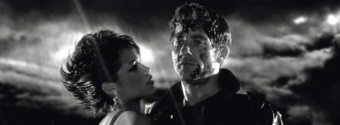 """Rosario Dawson och Clive Owen i """"Sin City"""". Nu står det klart att det blir en uppföljare till den första filmen. Foto: - -"""