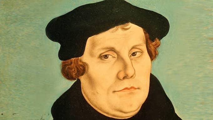 LUTHERÅRET I år firas reformationsjubileum då det var 500 år sedan Luther tros ha spikat upp sina 95 teser mot avlaten på Slottskyrkans dörr i Wittenberg. Detta kommer att firas rejält i Tyskland och i hela den lutherska kyrkvärlden.