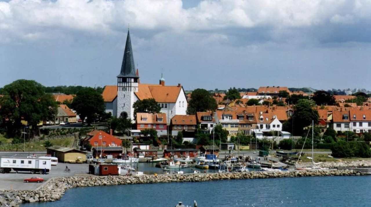 Liljestrand: Bomberna Föll över Bornholm När Sverige Firade