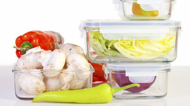 I dag finns många praktiska matlådor i glas.