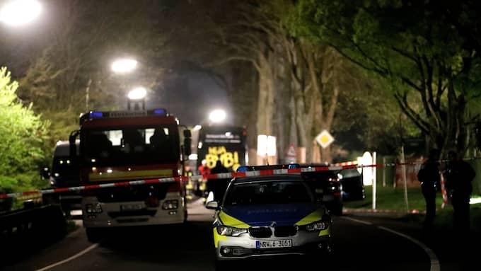 Tre explosioner drabbade Dortmunds spelarbuss under gårdagen. Foto: FRIEDEMANN VOGEL / EPA / TT