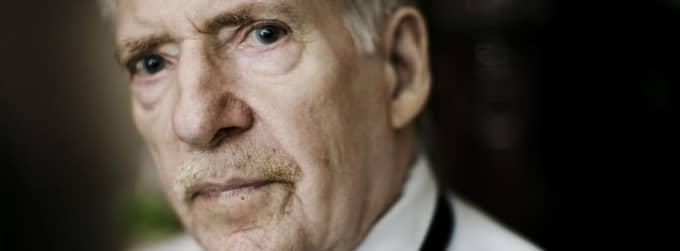 Här vårdas storspionen. Spiondömde Stig Bergling, nu Stig Sydholt, vårdas på Stockholms sjukhem där han misstänks för inblandning i ett skottdrama i tisdags. Foto: Magnus Jönsson