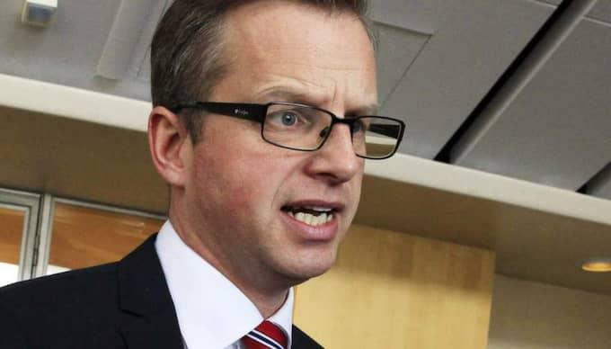 Mikael Damberg befann sig i andrakammarsalen där voteringssignalen inte fungerar. Foto: Cornelia Nordström