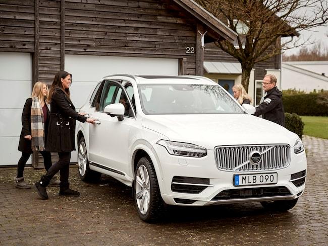 Tidigare har ett antal familjer i Göteborg fått testa självkörande Volvobilar under hårdare restriktioner.