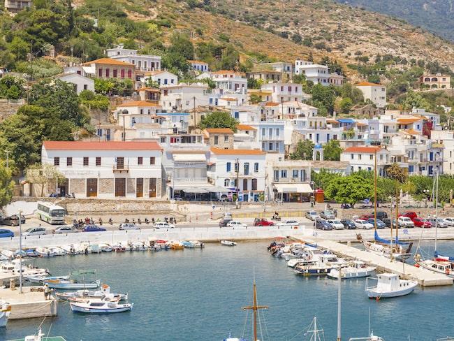 Hamnen i Agios Kirikos.