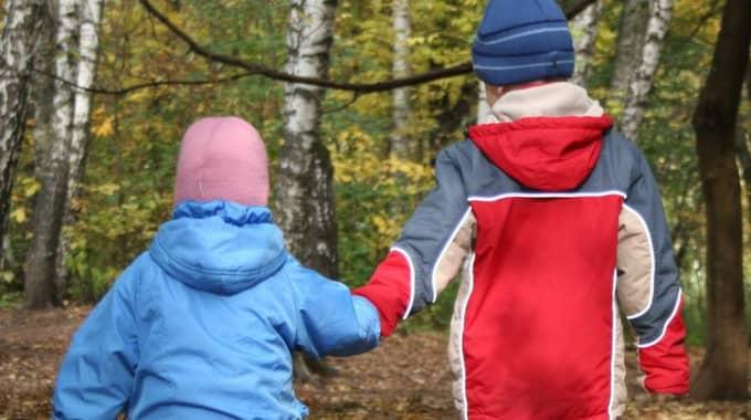Barn till papperslösa ska få social-bidrag i Malmö. Foto: Pavel Losevsky/Getty