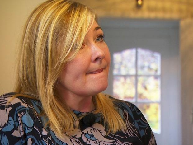 Ebba blev offer i terrorattacken – mamma  Jeanette får nu hjälp i tv